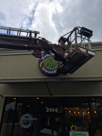 Sign repairs and maintenance Orlando FL