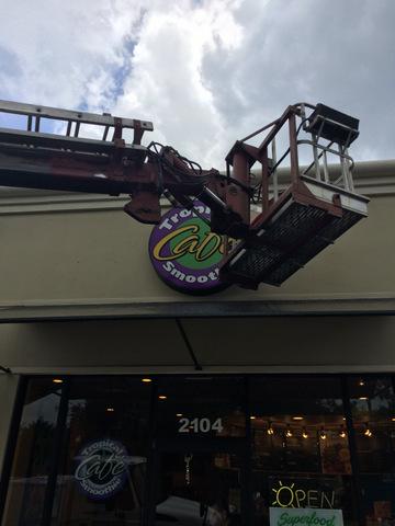 Sign repairs and maintenance Orlando FL