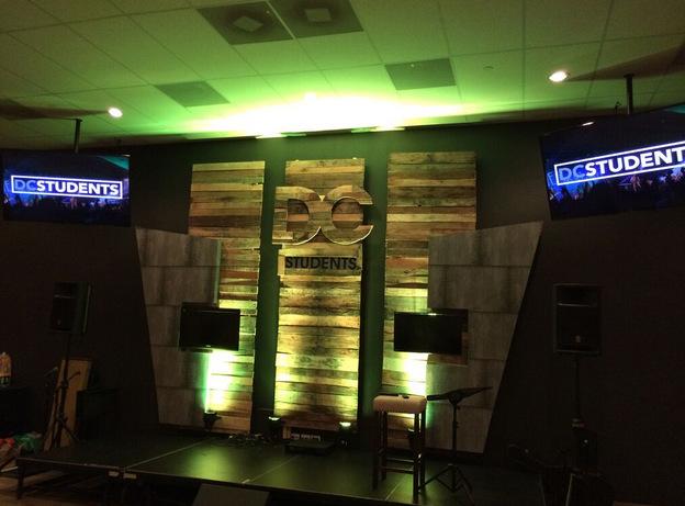 Custom wall displays Orlando