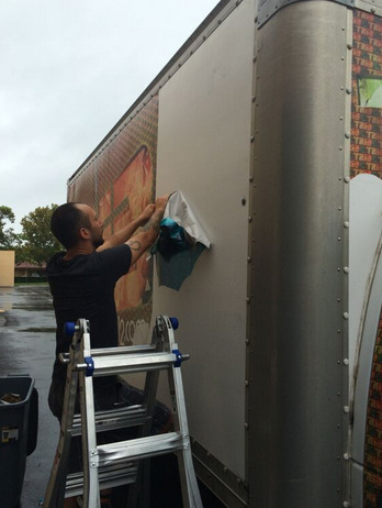 Vehicle wrap removal Orlando