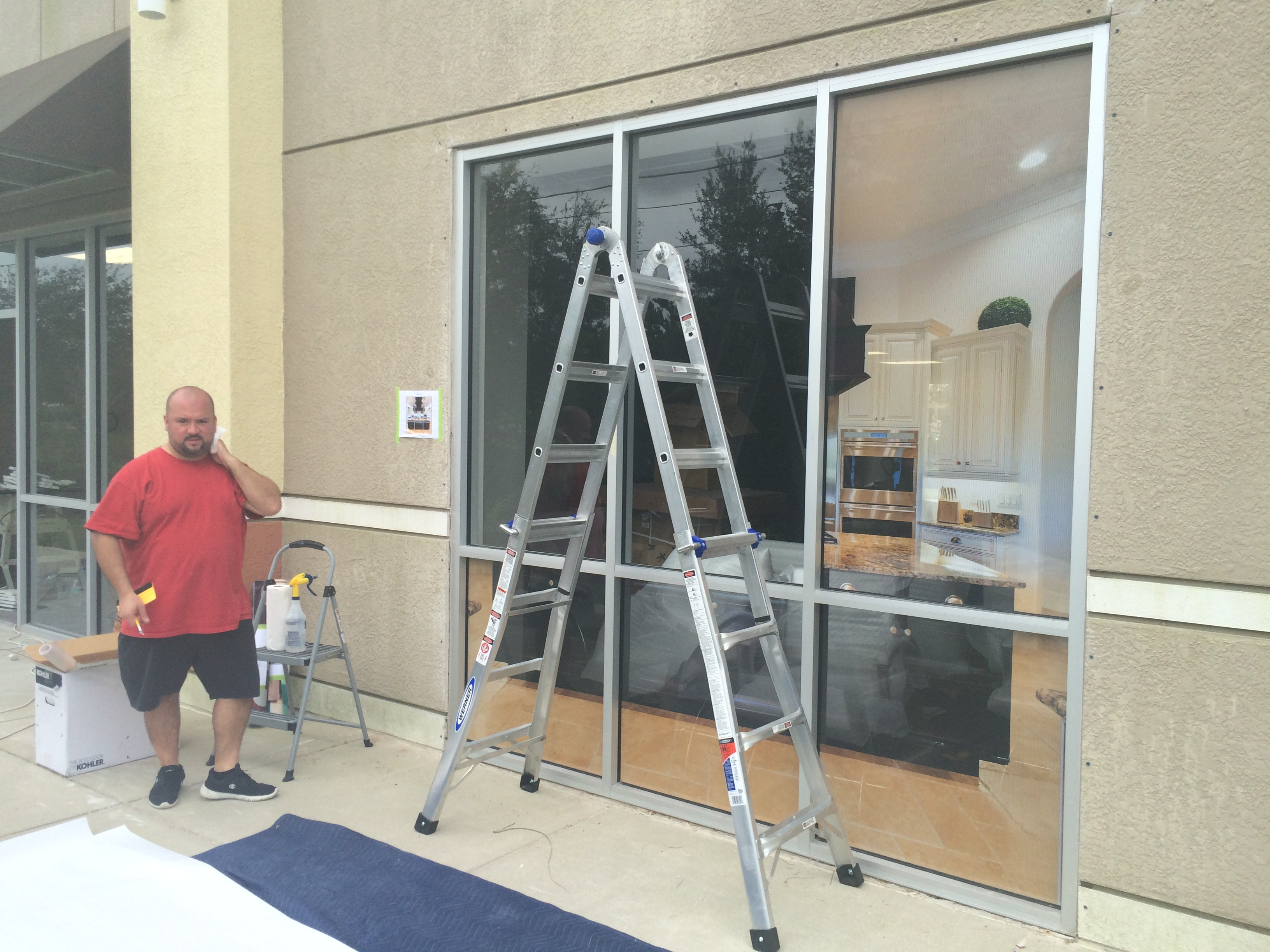 Amazing window graphics for jeeves holiday homes in for Window installation orlando