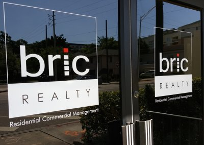 Bric_Realty_Exterior_Window_Graphics